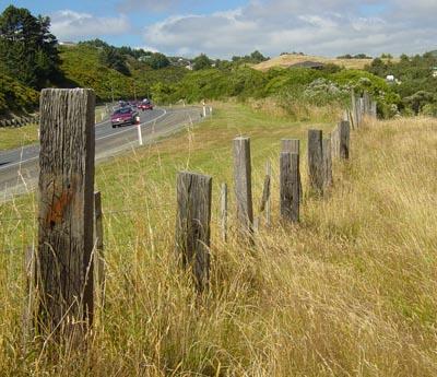 Railway tie fence